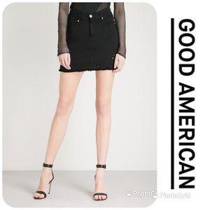 NWT GOOD AMERICAN The Mini Distressed Jean Skirt
